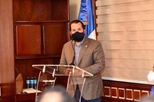 Diputado PRM propone no cobrar 3% de impuesto transacciones por internet