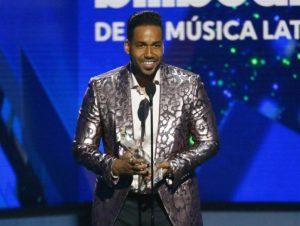 Romeo Santos obtiene cuatro premios en los Billboard de la Música Latina