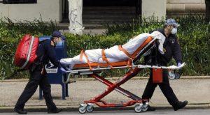 Estados Unidos suma 3.882 muertes por la covid-19 en un solo día