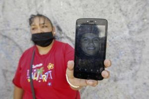 MEXICO: Descubren 59 cadáveres en fosas clandestinas en Salvatierra