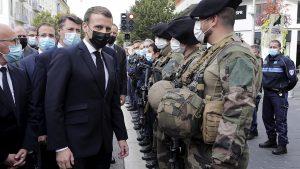 FRANCIA: Macron aumenta presencia militar; decreta alerta máxima en Niza