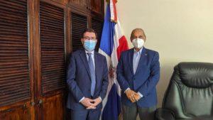 EL SALVADOR: Embajadores de Italia y RD abordan importantes acuerdos
