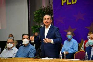 Danilo expresa indignación por arresto de sus hermanos y de ex funcionarios