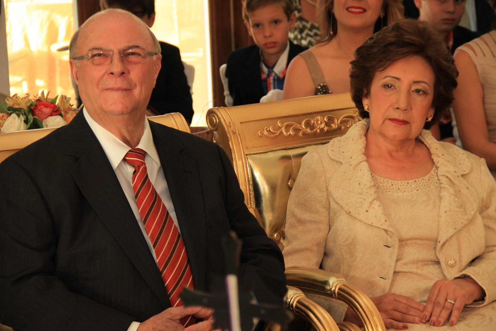 Hipólito Mejía anuncia que él y su esposa se han contagiado COVID-19