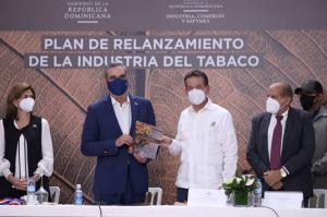 MICM presenta plan de acción para el relanzamiento Industria del Tabaco