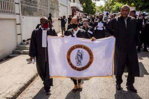 Piden diálogo para solucionar la huelga de los fiscales en Haití