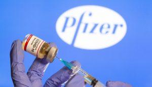Reino Unido autoriza vacuna de Pfizer y BioNTech en contra de la COVID-19