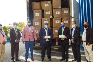 Gabinete de Política Social entrega tercer contenedor de medicamentos
