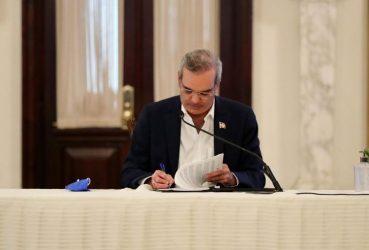 Presidente Abinader designa 25 cónsules, vicecónsules y auxiliares