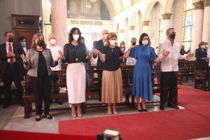 Presidente asiste a misa y pide a la Virgen ayude RD a superar pandemia