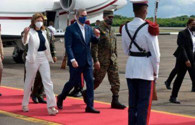 Presidente retornó al país tras asistir a juramentación Gobernador de P. Rico