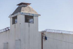 Juristas de Haití exigen investigación sobre fuga de presos