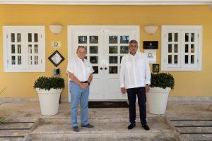 Nombran presidente Grupo Puntacana como Embajador Turismo Sostenible