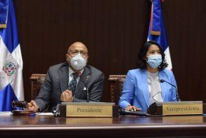 Préstamos por más US$400 millones aprobados al vapor por diputados RD