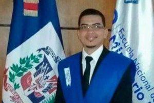 Arrestan a un fiscal de Santiago acusado de embarazar a una menor