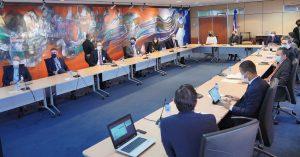 Gobernador BC y sector industrial evalúan economía RD y perspectivas