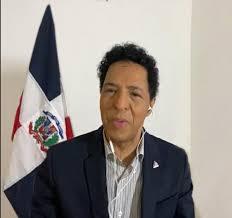 Viceministro Bonny Cepeda abraza la bachata para promover Marca País