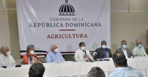 Autoridades y productores fijan el precio del arroz en 27 pesos la libra