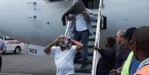 Llegan a R. Dominicana otros 65 deportados desde Estados Unidos