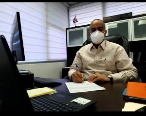 PUERTO RICO: Cónsul agradece vacunen a inmigrantes dominicanos