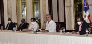 Abinader se reúne con representantes Juntas de Vecinos Sto. Domingo Este