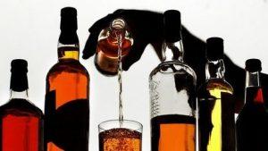 Afirma alta carga tributaria a comercio legal aumenta mercado alcohol ilícito