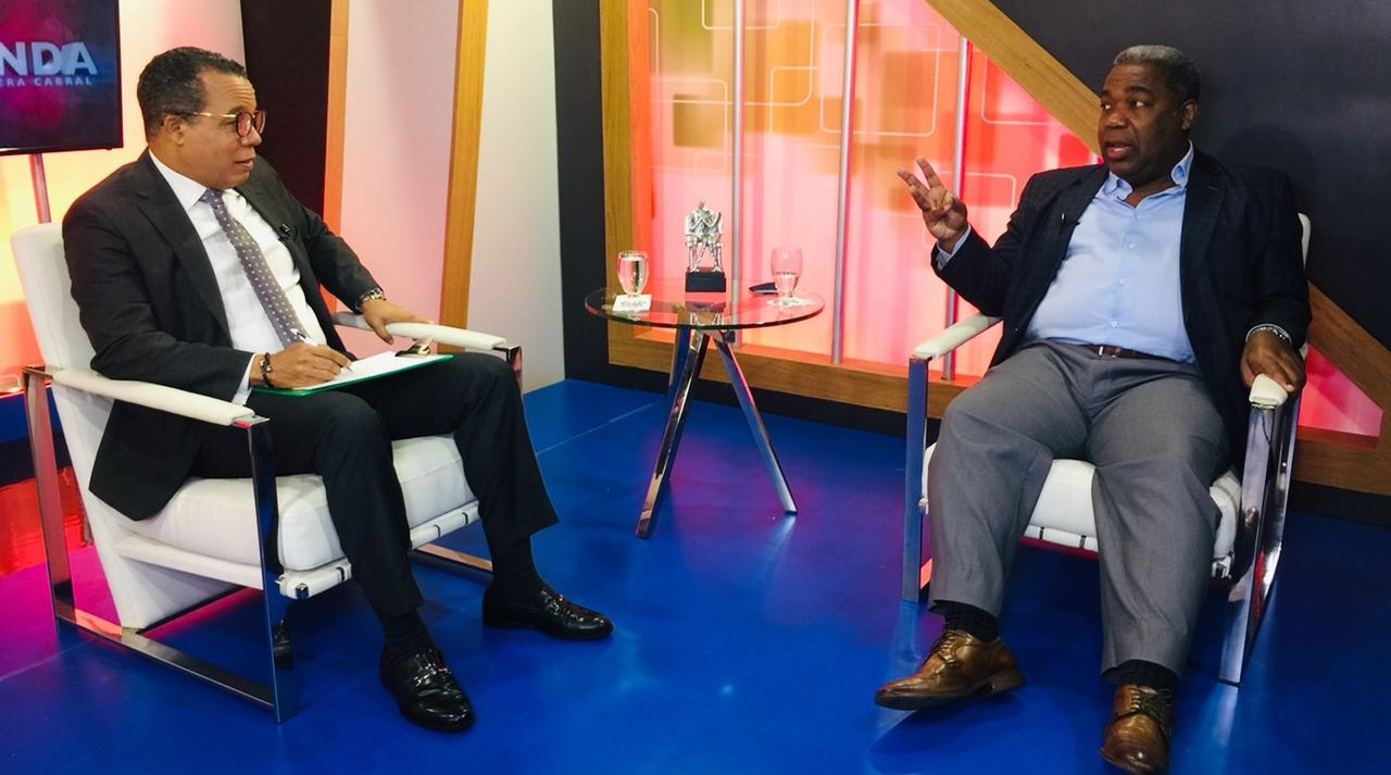 Peña Guaba defiende desmonte de programas creados por la pandemia