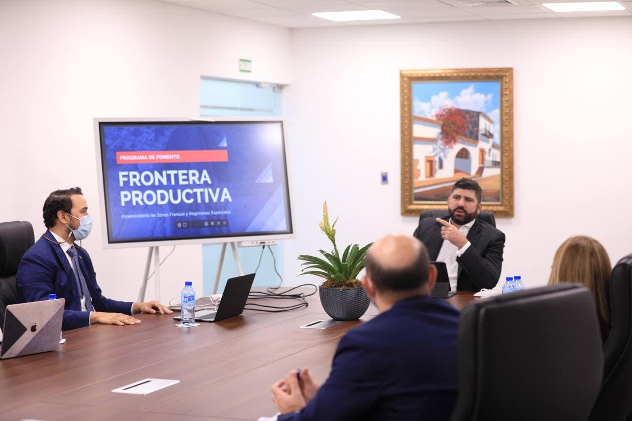 """MICM y MEPyD impulsan programa """"Frontera Productiva"""" en la región"""