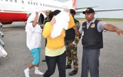 Llegan a República Dominicana otros 54 exconvictos deportados desde EU