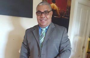 FLORIDA: Reconocen periodista y escritor dominicano Marino Báez