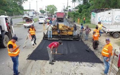 Intervienen principales avenidas con programa de asfaltado y bacheo SDN