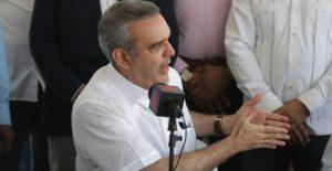Abinader opina es «irresponsabilidad e  insensatez» hablar ahora de reelección