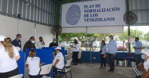 RD inicia proceso para «normalizar» la estadía de más de 115 mil venezolanos