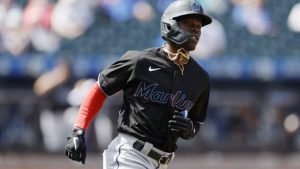 Jonrón de Chrisolm impulsa victoria de Marlins sobre Mets