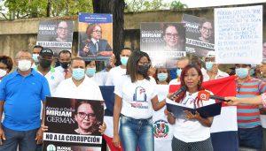 Organizaciones realizan parada cívica en apoyo procuradora Miriam Germán