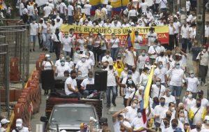 COLOMBIA: Marea blanca toma las calles contra las protestas en el país