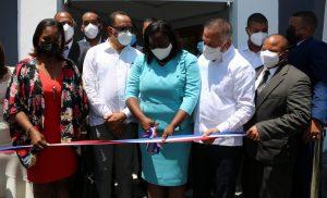 Inauguran nuevo palacio municipal en Miches tras inversión de 21 millones