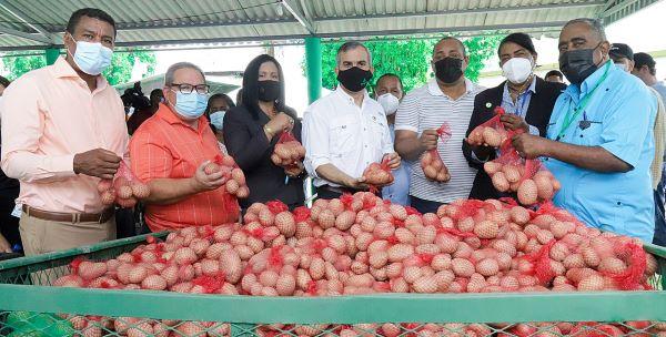 INESPRE relanza programa Mercados de Productores en ocho provincias