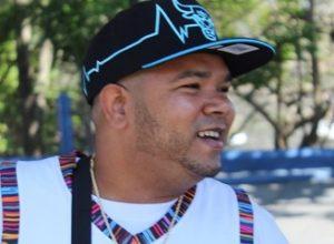 Destacan en redes sociales éxito del rapero dominicano Aka El Graphico