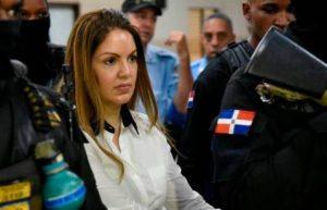 Tribunal decide que esposa de César el Abusador siga en arresto domiciliario