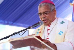 Arzobispo Ozoria llama población a ponerse vacuna contra el Covid-19