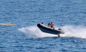 La Armada recupera el cuerpo de un fallecido tras el naufragio en Samaná