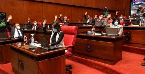 Senado aprueba pedir al Presidente se prohíba no vacunados entrar a lugares