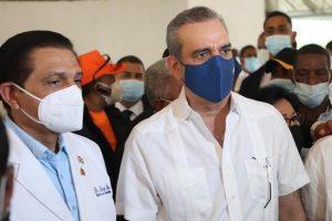 Presidente Abinader llama a población para que nadie se quede sin vacunar