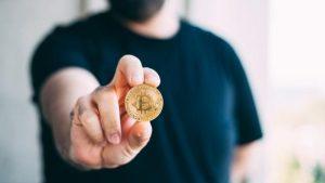 El Salvador madruga a la espera de ley sobre Bitcoin