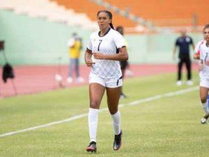 Futbolista dominicana Mía Asenjo es electa Jugadora del Año de la Florida