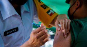 R. Dominicana ha vacunado a la mitad de población adulta contra Covid-19