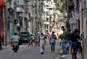 Cuba supera 300.000 casos de COVID