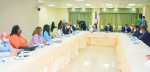 Ministerio dice la violencia contra la mujer es uno de retos principales RD