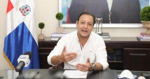 Abel Martínez ofrece ayuda a Alcalde SDE para solucionar problema basura